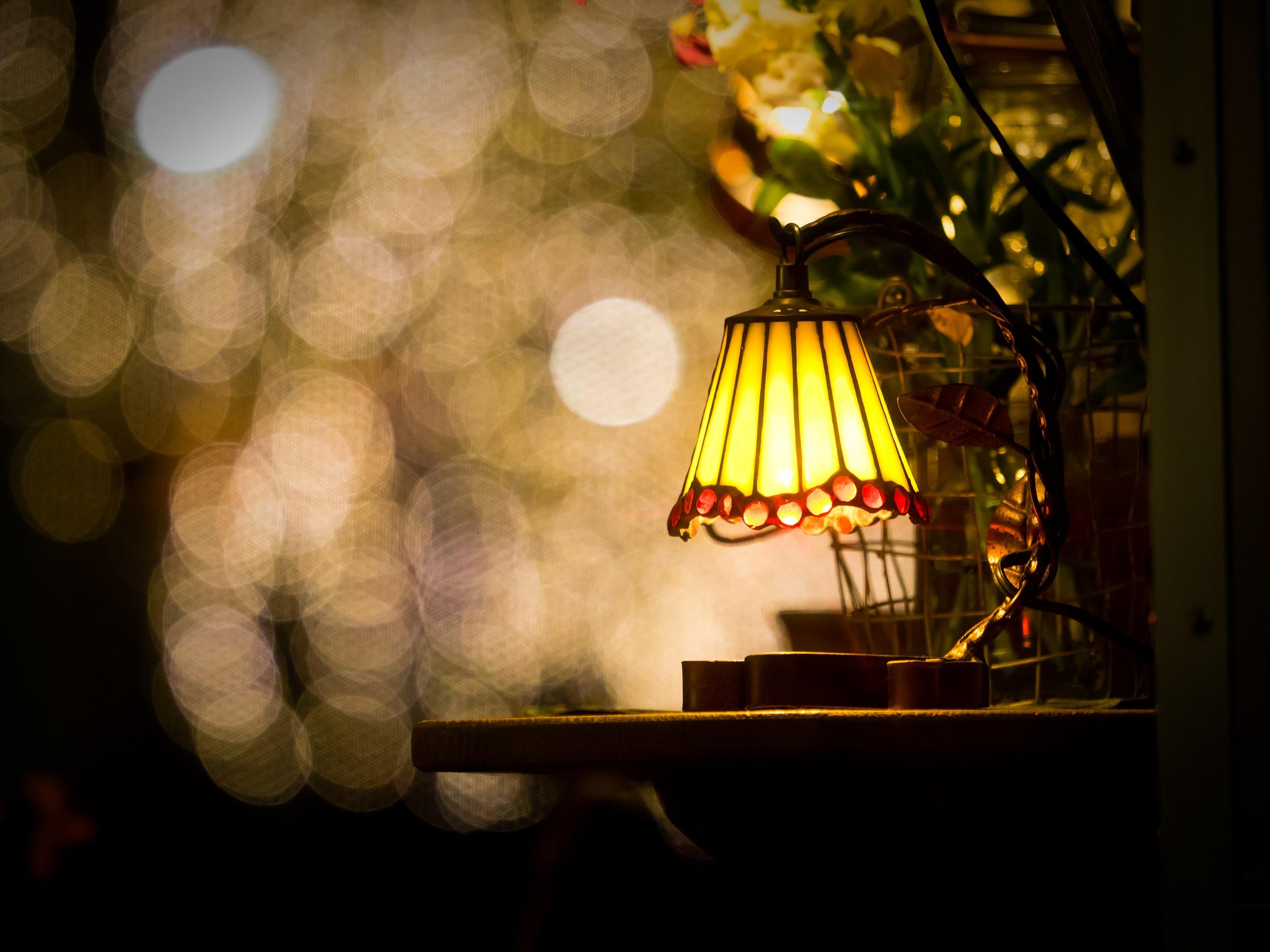 antique-lamp